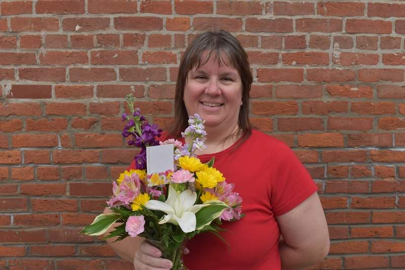 Amy Atteberry of Du Quoin was the winner of the Du Quoin Evening Call's Facebook contest ahead of Mother's Day.