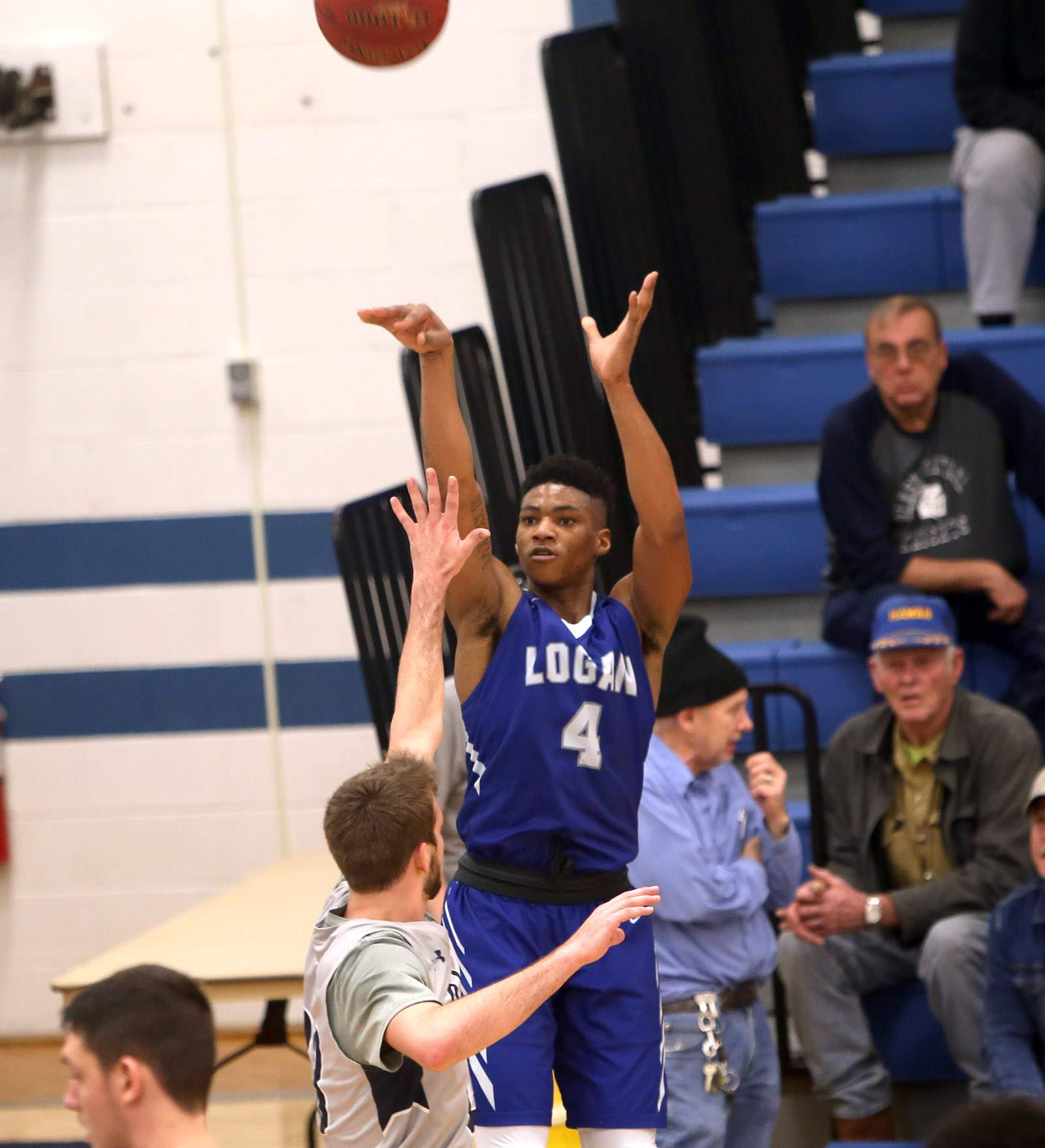 Jaiveon Eaves takes a jumper.