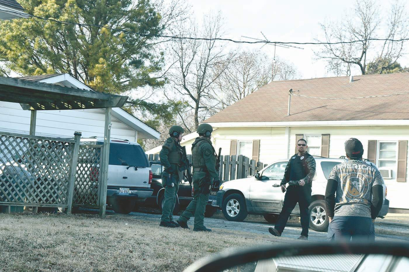 Marion Police made a drug bust at a home near the intersection of Court and Boulevard streets Thursday afternoon. The narcotics unit appehended three black males and one white male. More information will be provided as it becomes available.