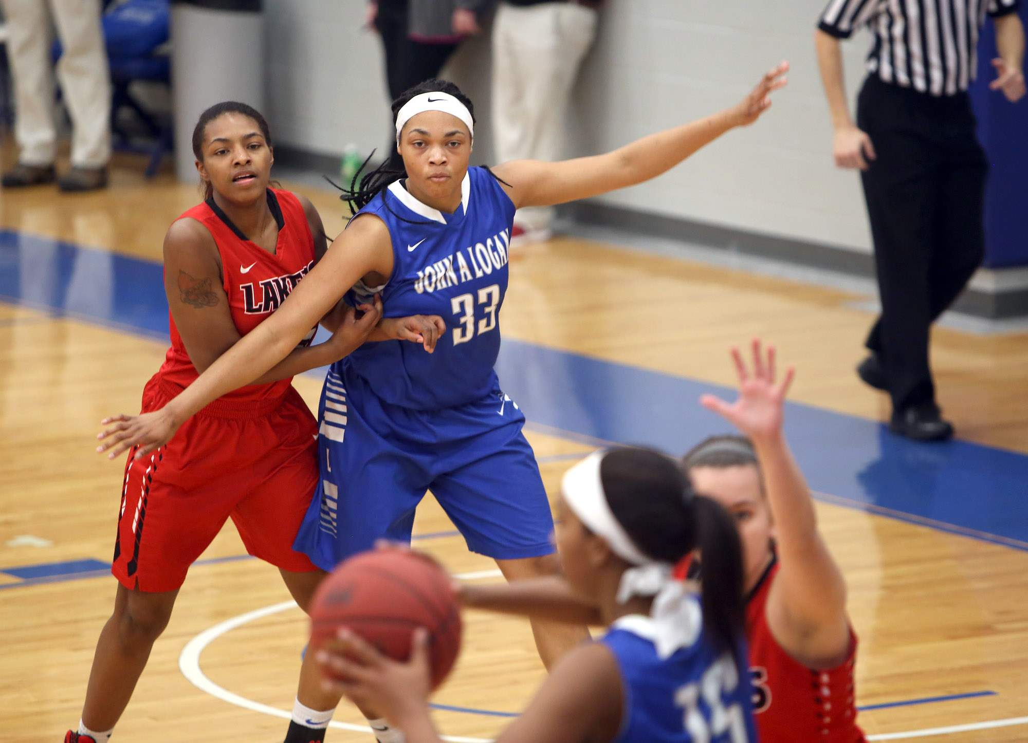 Marion's Nia Marshall makes a post move Wednesday night.