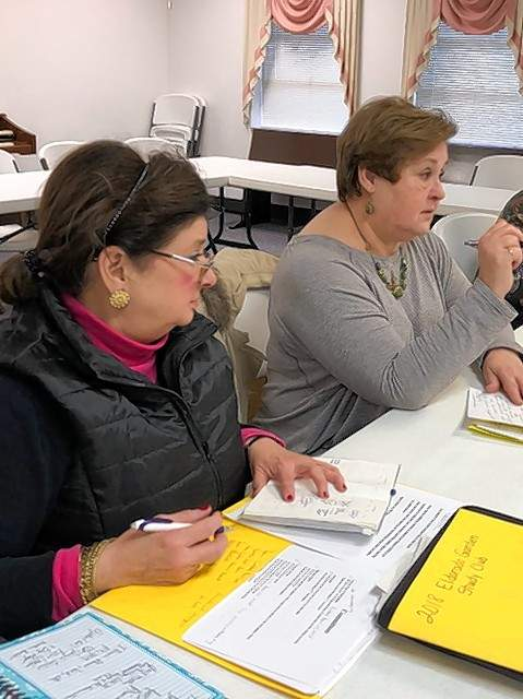 Club Vice President Marilyn Ellis, left, and President Jan Cleveland lead the planning for the district meeting.