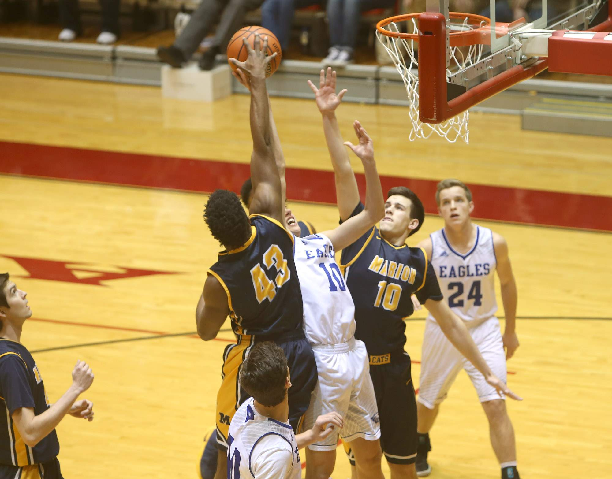 Terrell Henderson blocks a shot.
