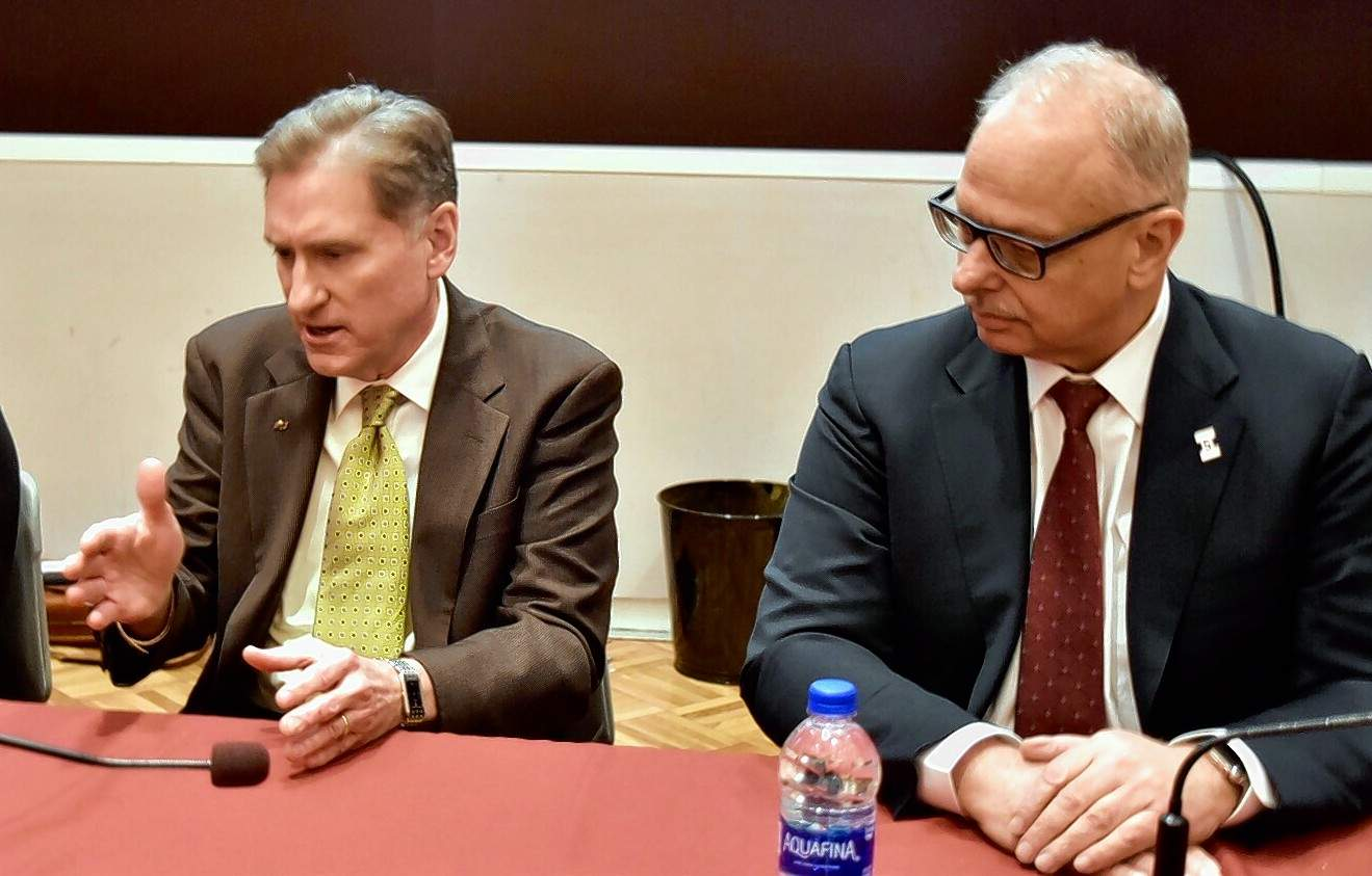 Geoffrey Ritter photo SIU President Randy Dunn and Carbondale campus Chancellor Carlo Montemagno are shown at the conclusion of April's board meeting.