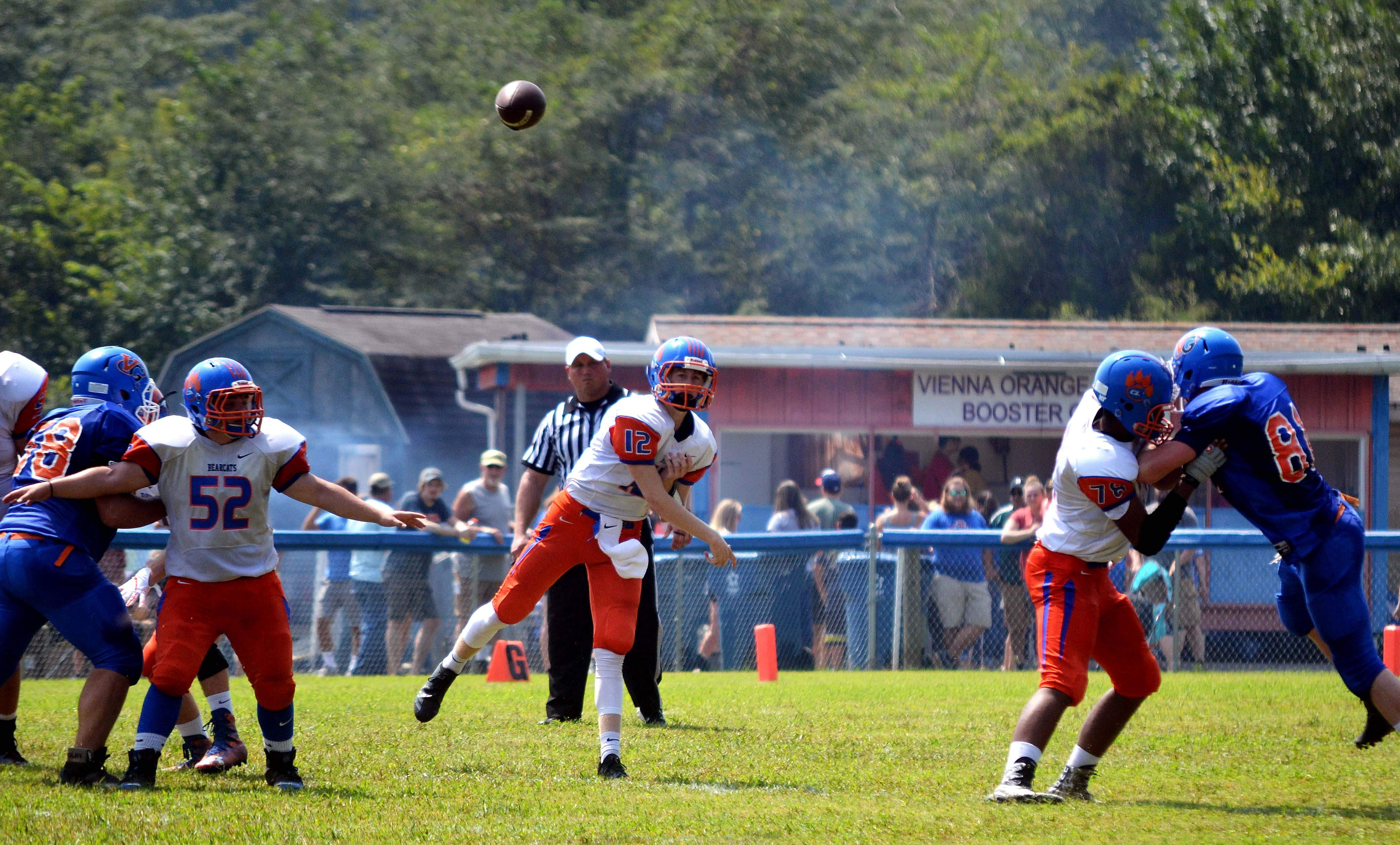 CZR junior quarterback Bryce Pratt attempts a a pass in game action Saturday afternoon at Vienna.