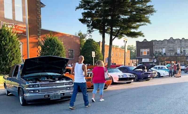 This past Saturday, the Benton Public Square was surrounded by nearly four dozen original and restored classic cars and trucks for the annual monthly car show.