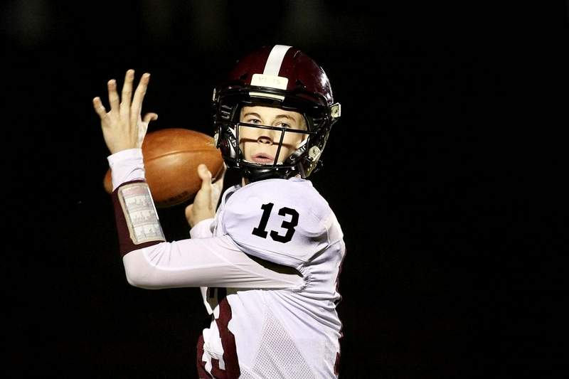 Keegan Glover threw five touchdown passes with one interception completing 6-of-9 passes for 190 yards. For the season the sophomore has completed .673 percentage of his passes (74-of-110) for 1,127 yards, a team-record 23 touchdowns and only five interceptions.
