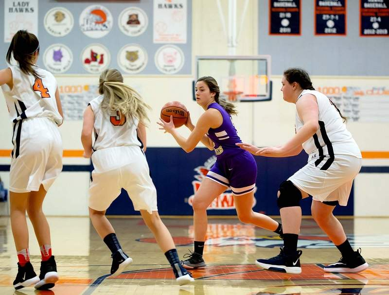 Emma Wargel scored a team-high 17 points for Eldorado in a 47-40 win over Gallatin County Tuesday night.