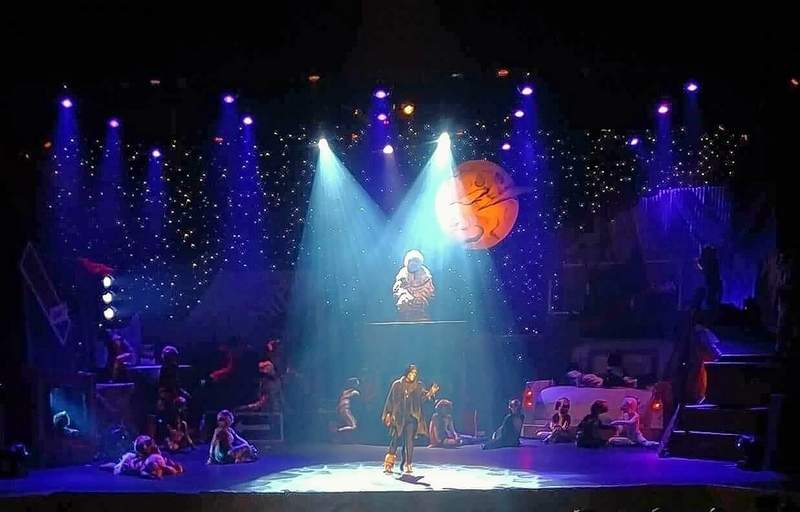 """A scene from Skyline Productions staging of """"Cats."""""""