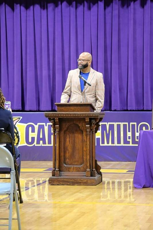 The Rev. Clay Cofield, son of the late Lawrence William Cofield, speaks to the audience at the Carrier Mills-Stonefort Wall of Fame Ceremony.