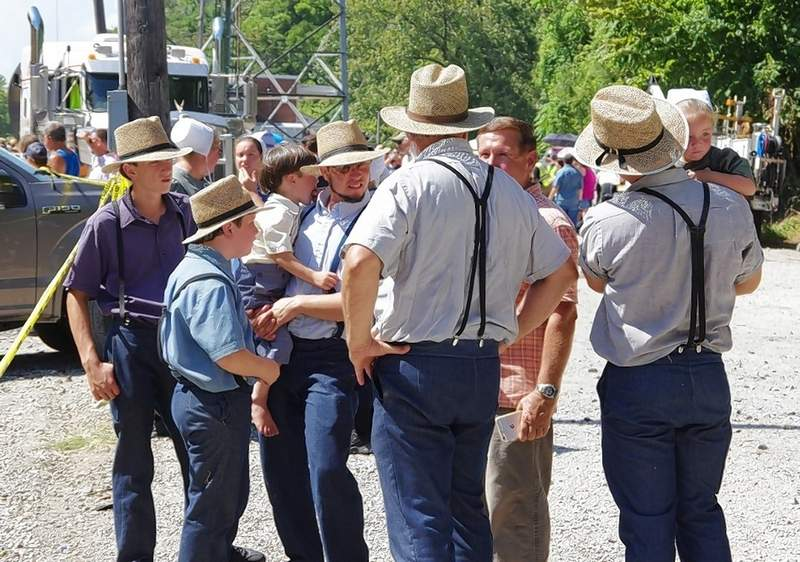 All kinds of people from all over came to see the Big Boy, including this Amish family.