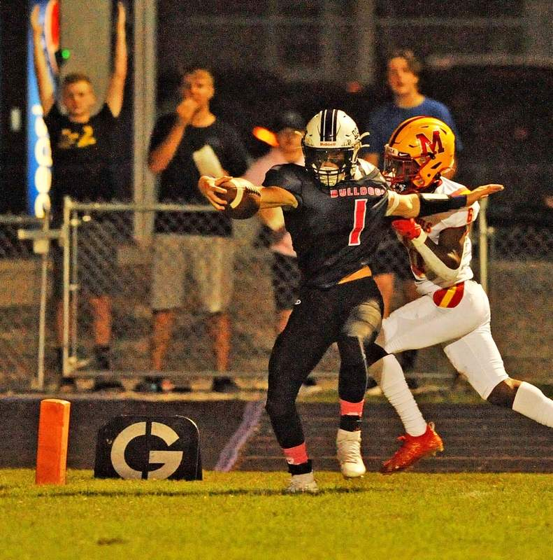 Tysen Satterfield scores a touchdown on a completed pass in the first half of play.